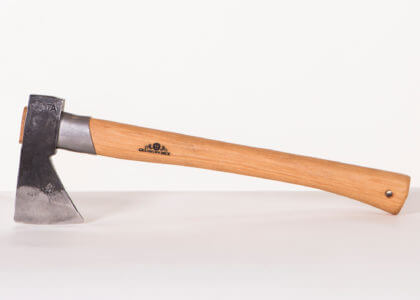 425-outdoor-axe-2.jpg